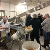 Atlanta Students Tour Albie's Foods